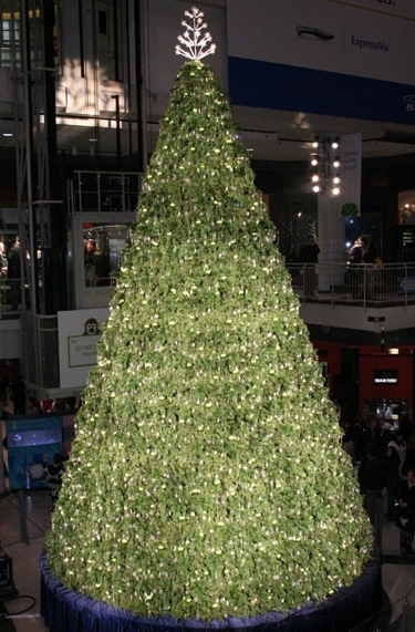 The Eaton Centre Christmas Tree
